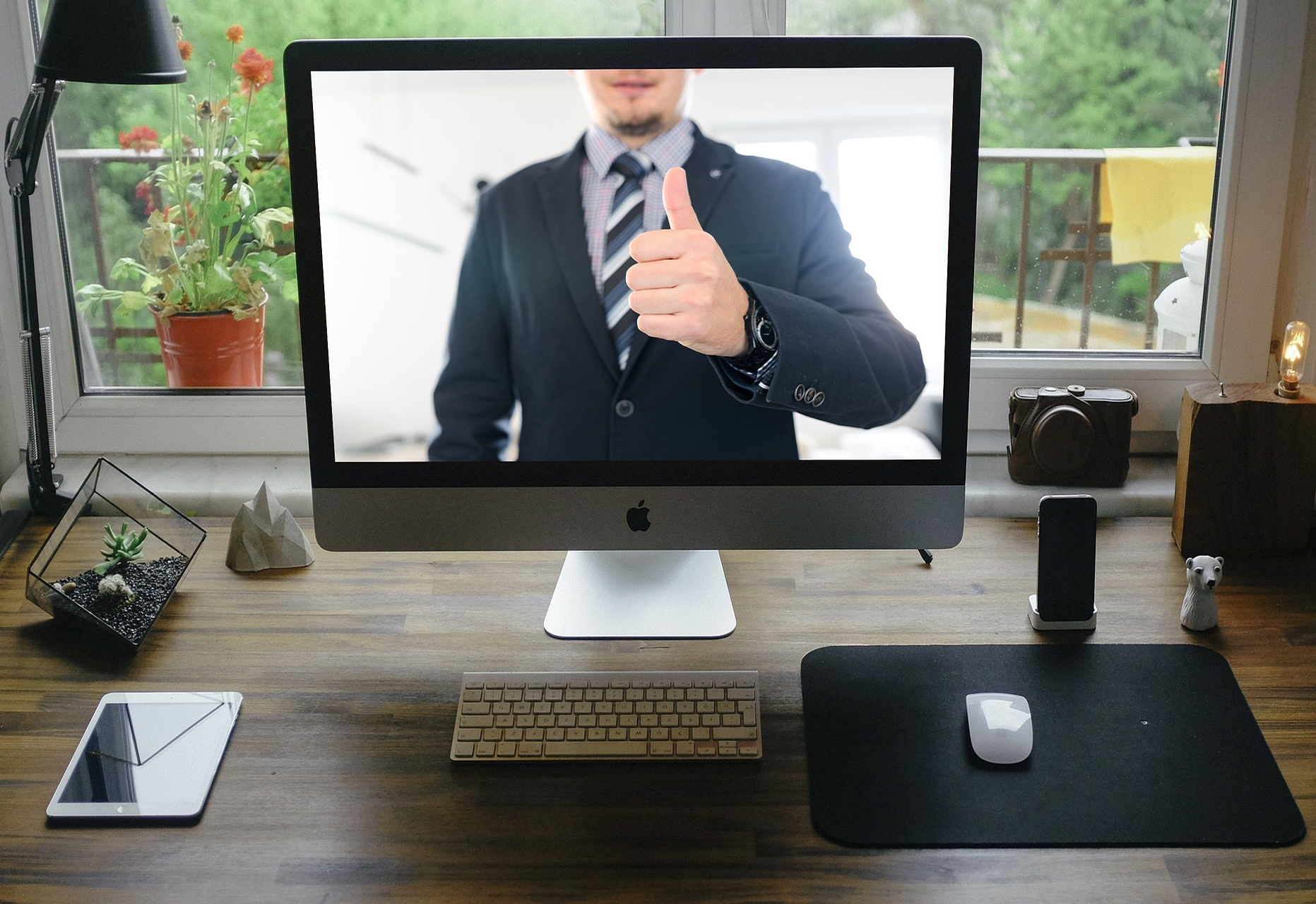 Article image: Video meetings and interviews - Tips and Tricks